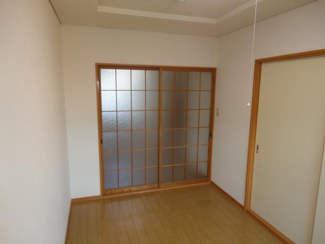 シティーマンション西伏屋 00302号室のベッドルーム