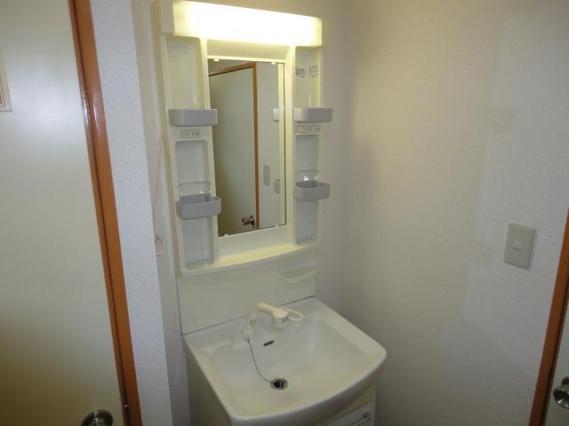 シティーマンション西伏屋 00302号室の洗面所
