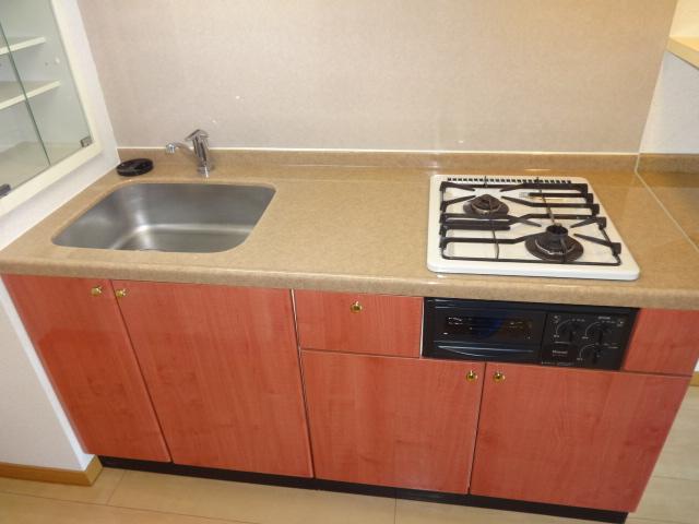 ヴェルジュコートⅠ 804号室のキッチン