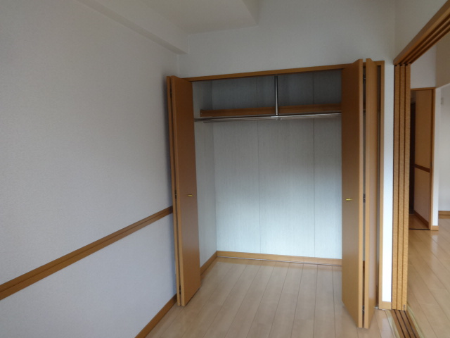ヴェルジュコートⅠ 804号室の収納