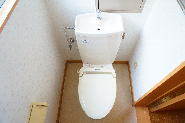 コーポのぼる 202号室のトイレ