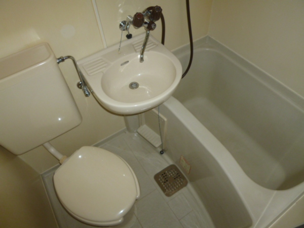 レオパレス21高杉 103号室の風呂