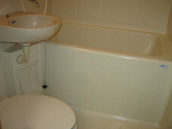 第二ローレルハイツ大岡山 201号室の風呂