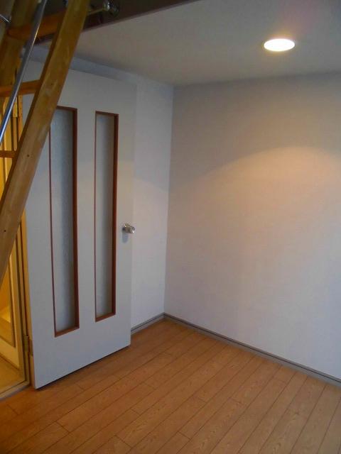 ライフピアグラフティー 203号室の居室