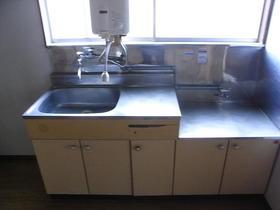伸栄荘 201号室のキッチン