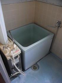 伸栄荘 201号室の風呂