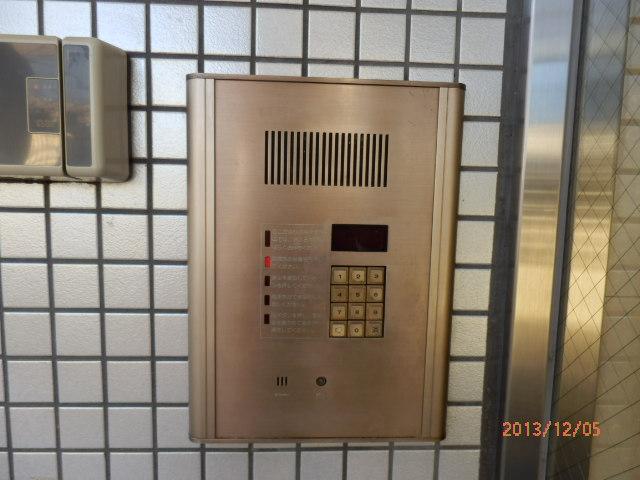 シャンポール並木 205号室のセキュリティ