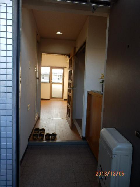 シャンポール並木 205号室の玄関