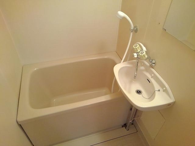 アネックスK 01010号室の風呂