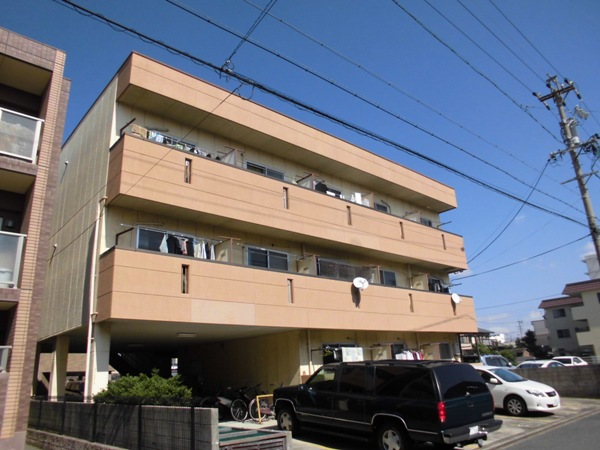 三沢第2マンションりわ 317号室の外観