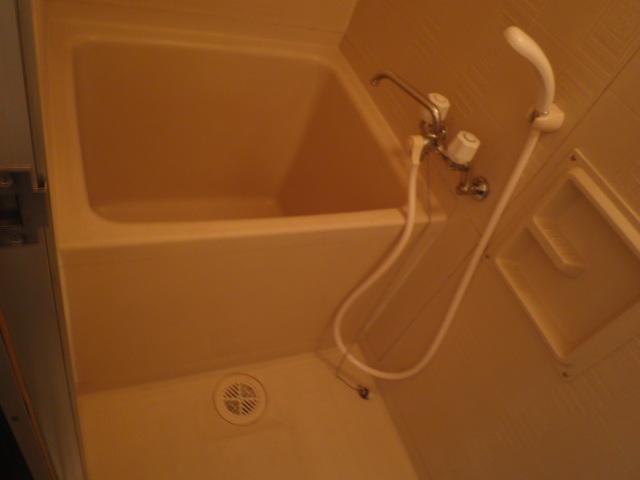 三沢第2マンションりわ 317号室の風呂