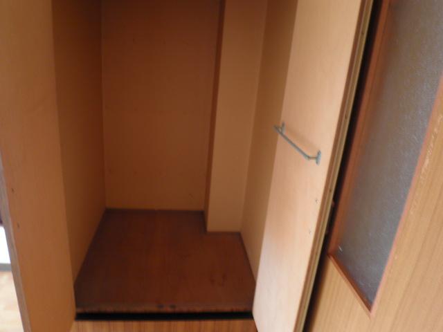 三沢第2マンションりわ 317号室の収納
