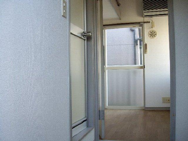 ライフピアグラフティー 102号室の居室