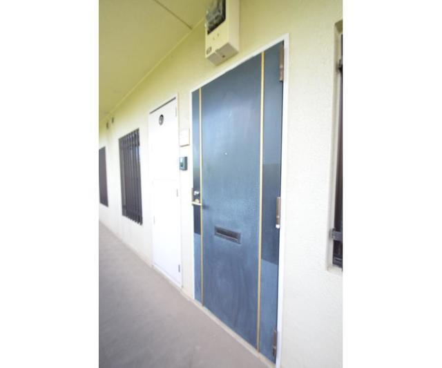 エーデルハイム 207号室の玄関