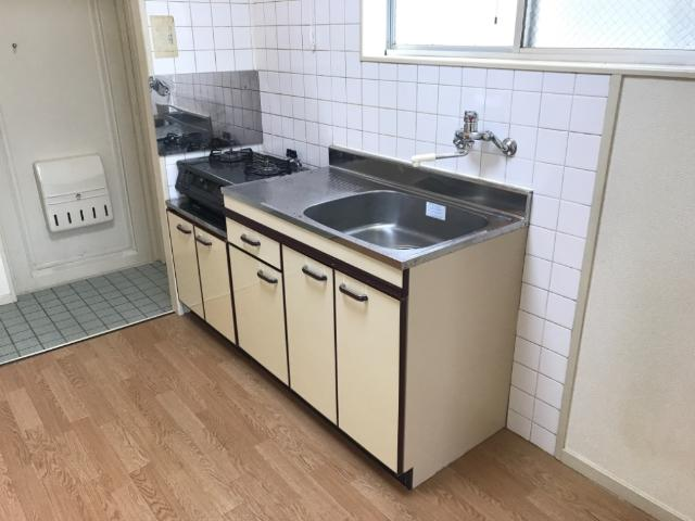 コーポラスカトー 00301号室のキッチン