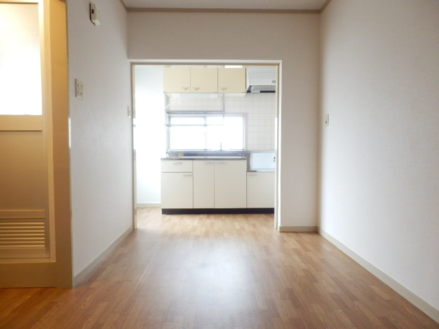 北中ハイツ 00105号室のキッチン