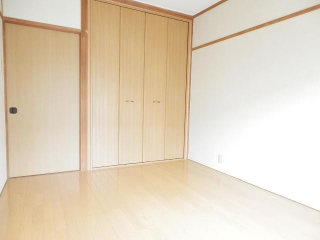 北中ハイツ 00105号室のリビング