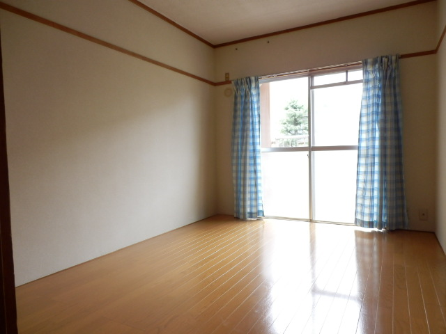 北中ハイツ 00105号室のベッドルーム