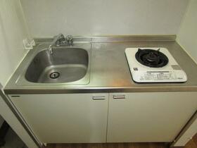 ルミエール 203号室のキッチン