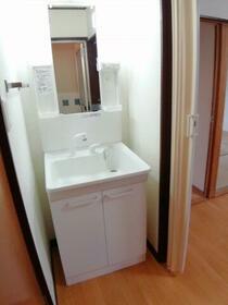 学園パールハイツ 0103号室の洗面所