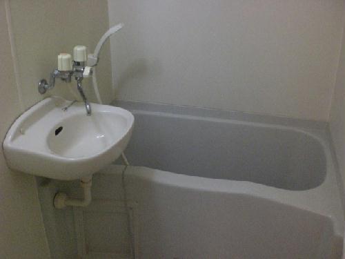 レオパレス甚目寺 203号室の風呂
