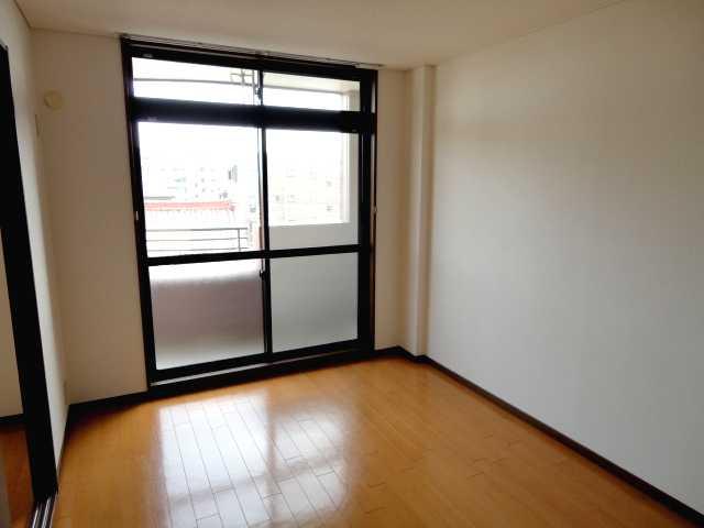 コンフォート雅 303号室の景色
