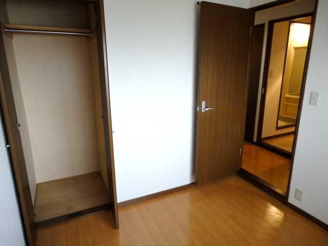 コンフォート雅 303号室の収納