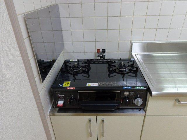 ファインシティ 00303号室のキッチン