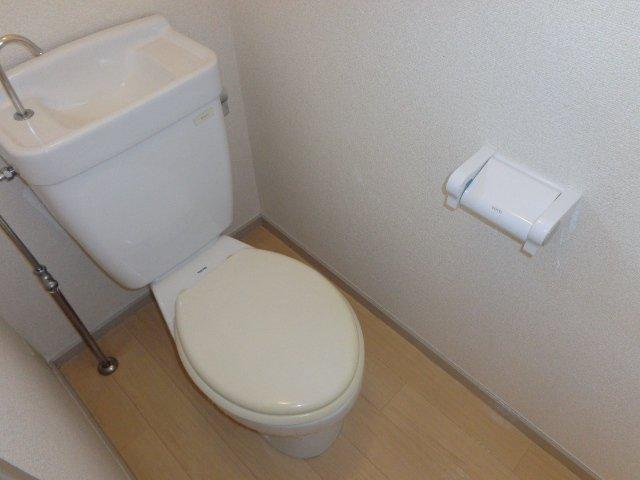 ファインシティ 00303号室のトイレ