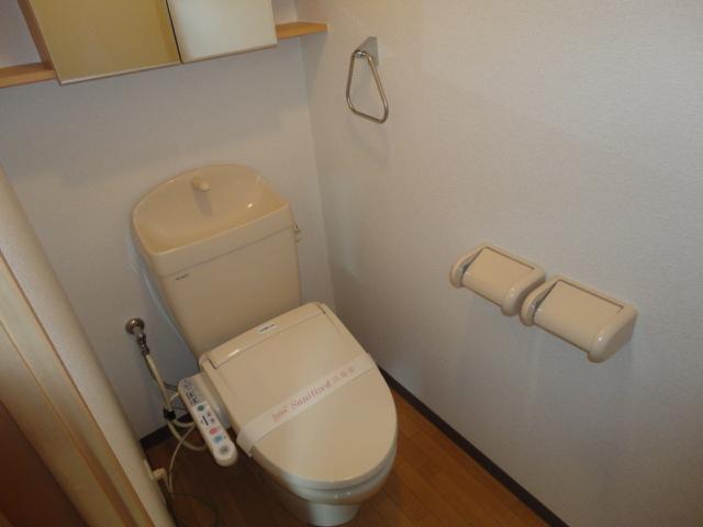 アンジェロ 105号室のトイレ
