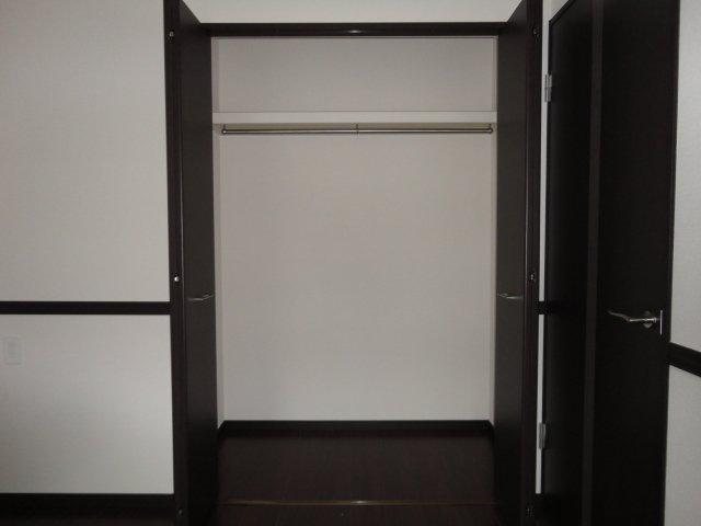 グランチェスタ 202号室の収納