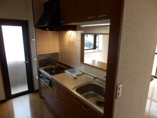 カーサ岩塚 302号室のキッチン