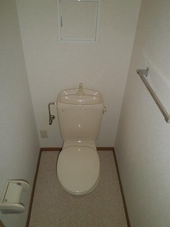 クリスタルウッズ 201号室のトイレ