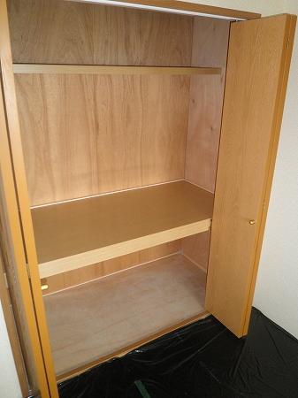 クリスタルウッズ 201号室の収納