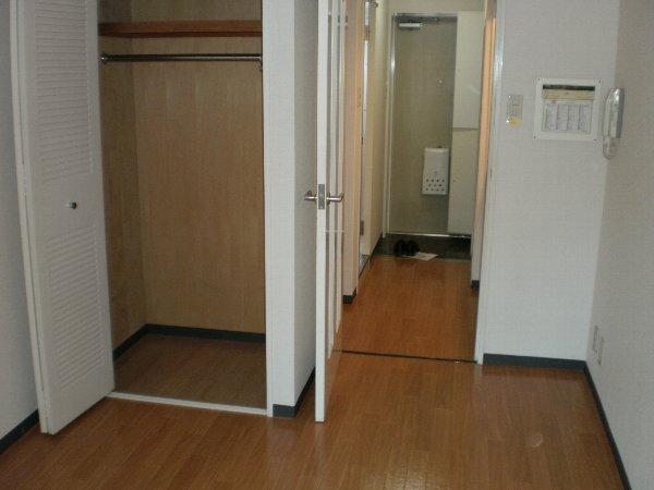 ジョイフル浦安 302号室の収納