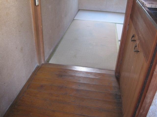 宮崎荘 7号室の玄関