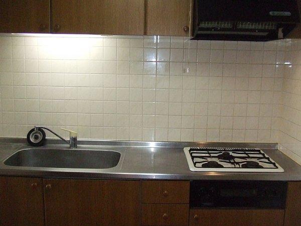 日吉Aー2 103号室のキッチン
