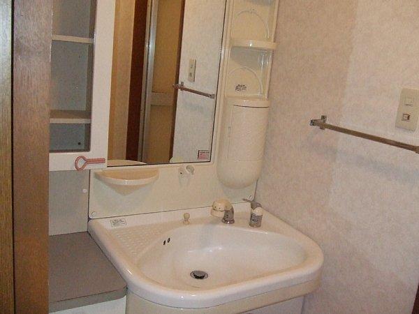 日吉Aー2 103号室の洗面所