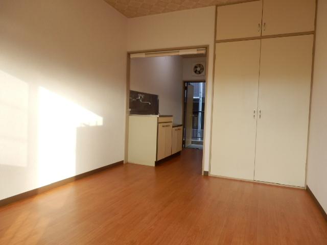 グリーンヒル上田 00205号室のベッドルーム
