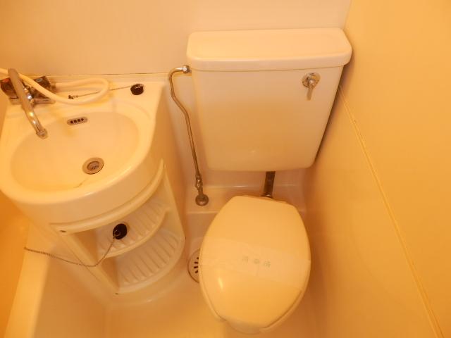 グリーンヒル上田 00205号室のトイレ