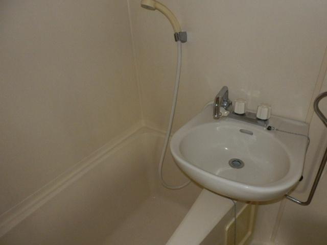 アムハード所沢 00405号室の風呂