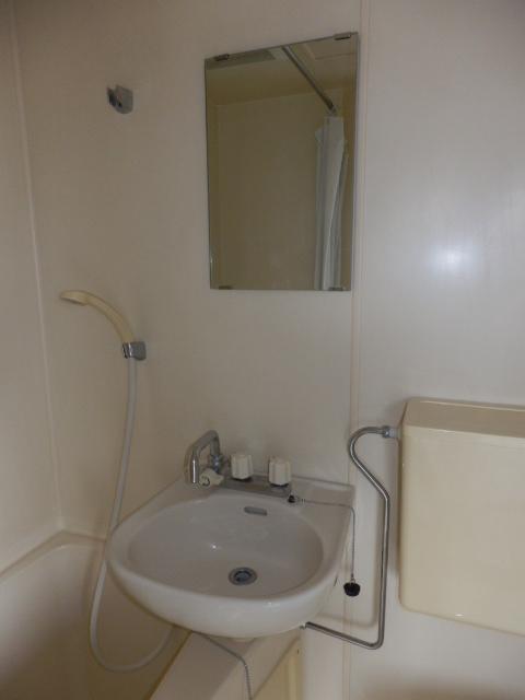 アムハード所沢 00405号室の洗面所