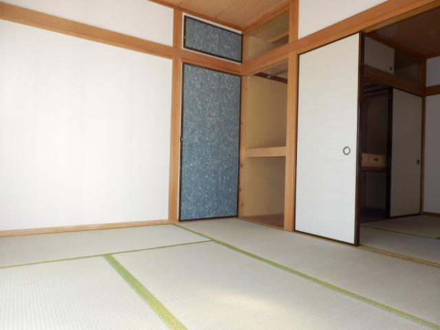 石建コーポ第2 00203号室のリビング