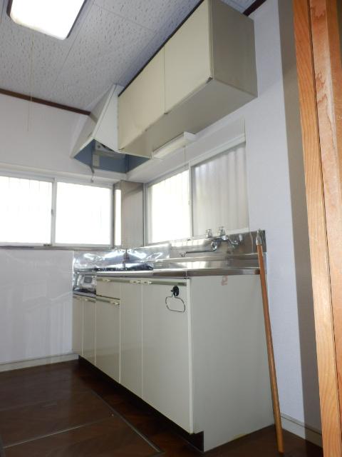 石建コーポ第2 00203号室のキッチン