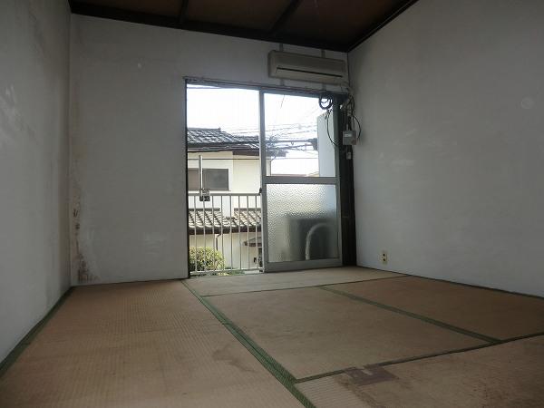 みどり荘 2-B号室の居室