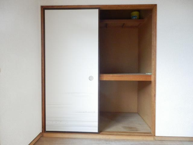 石井荘 00201号室の収納