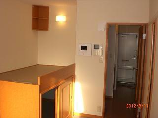 レオパレスコンフォート平松 106号室のベッドルーム