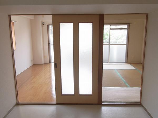 ラリーマンション 502号室のリビング