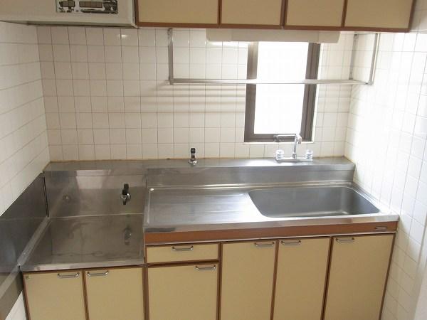 ラリーマンション 502号室のキッチン