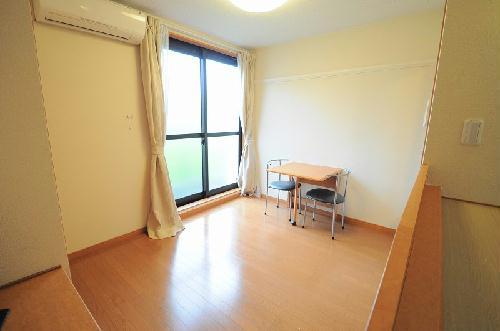 レオパレスエヌ ファミール 105号室のキッチン